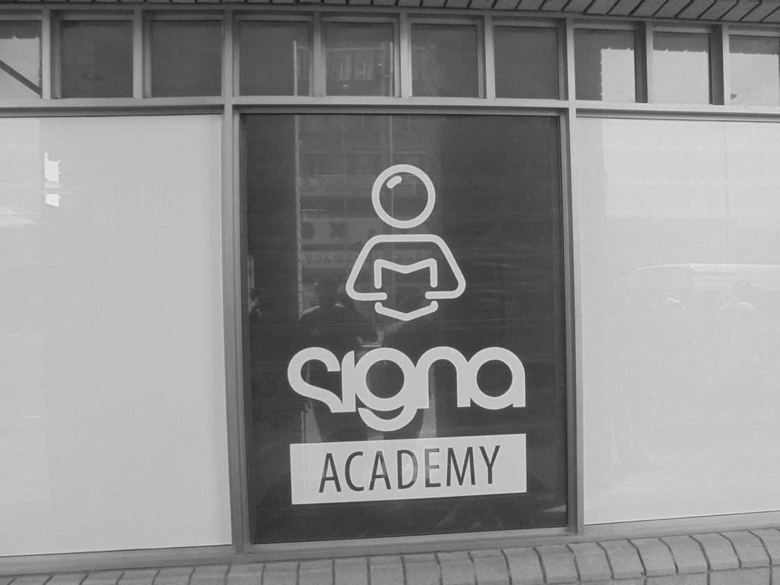 This is an example of the shopfront signs that Vye Graphics has done for the company Signa Academy.